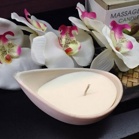 Soy Wax massage in ceramic boat